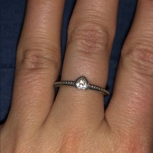 Excellent condition Pandora heart ring size 7